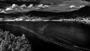 Spuren im See von Ralph Altmann