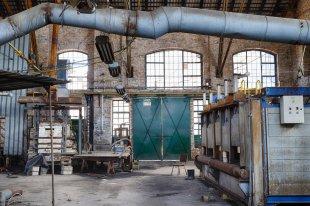 Glasfabrik von Der Purist