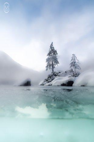 Hintersee im Winter - DifferentView 4 von Marlene Kupfer
