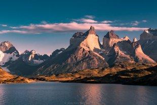 Sonnenaufgang Torres del Paine 01 von Joachim Kopatzki