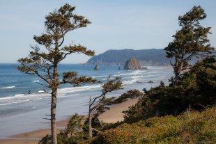 Oregon  Coast - Blick auf Cannon Beach von lewski
