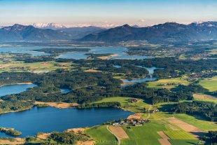 Chiemsee, Eggstätter Seen und Alpen von Joachim Kopatzki