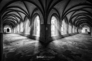 Monastery III von totalstranger