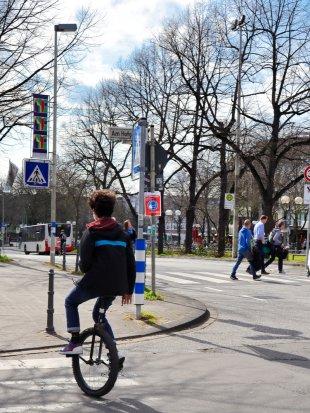 Einrad fahren. von Wolfgang Görgen