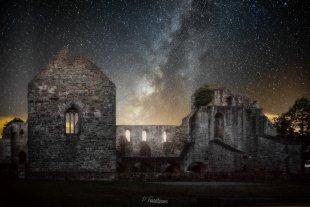 medievil ruins von Frenchi81