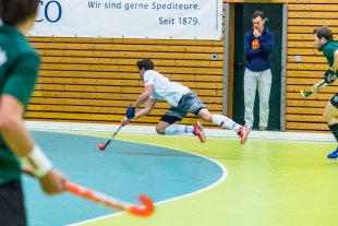 flying to the  goal von ackihb