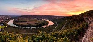 Neckarschleife Mundelsheim (Panorama) von Tarcitaxx