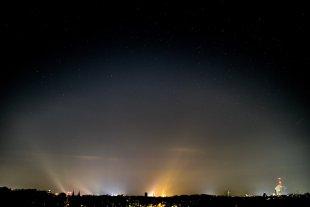 Light Pollution over Brunswick von toothrot80