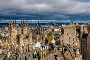 high above Edinburgh von j.c.limited.art