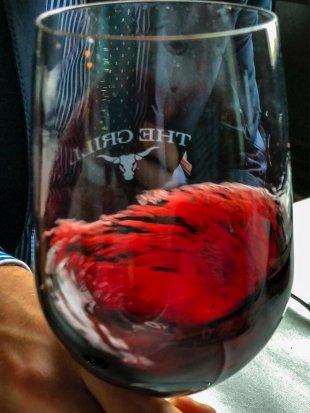 red wine von ackihb