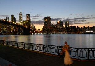 Brautpaar in Brooklyn von Jürgen Merkel