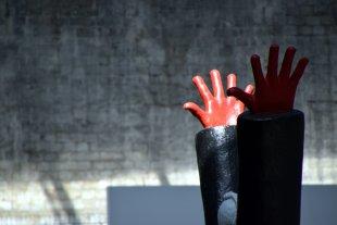 Hände hoch von Dirk E.