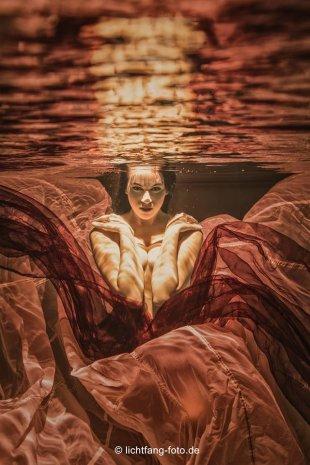 -= the devil in the water =- von unterwasser.lichtfang
