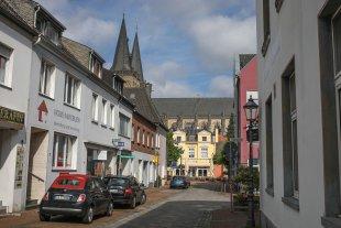 """""""Kleinstadt"""" Xanten von Roland Beyer"""