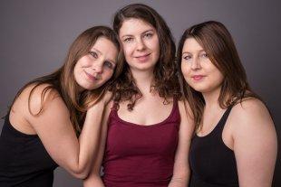 Theresa + Myriam + Corinna von Samson 55
