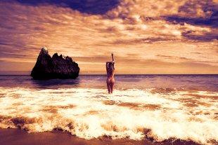 good evening (Aktfotograf Kristian Liebrand - Shooting am Strand von Portugal) von Kristian Liebrand