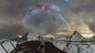 million stars at top of tyrol von Mario Konang - Lightrecords