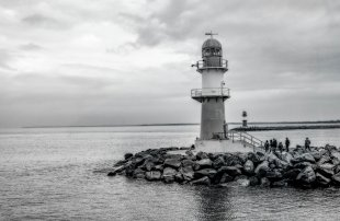 Hafeneinfahrt Rostock von Bronco (1)