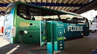 Flixbus will klimaneutral fahren