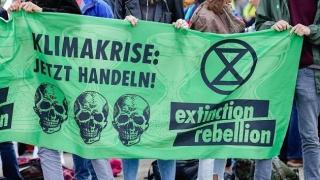 Vierter Klima-Demotag: Viele kleinere Proteste von Extinction Rebellion