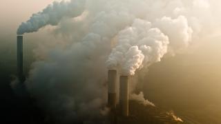 Klimaverschmutzung: Die Schlote der Digitalisierung rauchen kräftig
