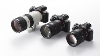 Ohne Zeiss, dafür lichtstark: Sony kündigt neue Objektive für die A7-Serie an