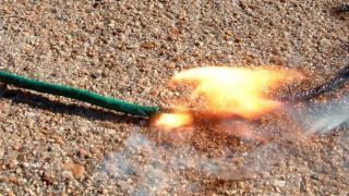 Brennende wasserfeste Sicherung