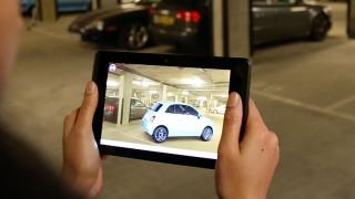MWC 2016: Mit dem Tablet das virtuelle Auto konfigurieren