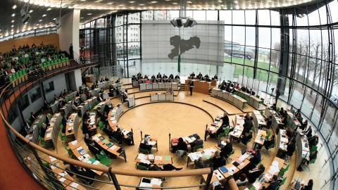 Simultanübersetzer und Dialogsysteme aus deutschen KI-Schmieden