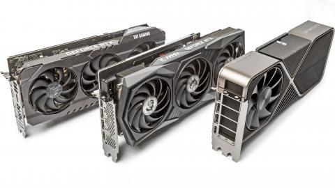 Drei GeForce-RTX-3000-Karten aufgefächert