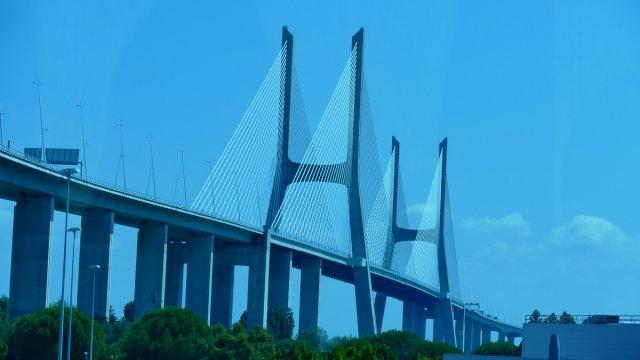 Portugal Lisabon 1 Brückenkunst von MyEye