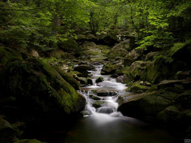 Wasserfall Langzeitbelichtung Harz von V0SSI