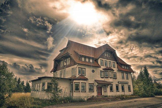 Lost Places ( Alexanderschanze ). von Stephan Gläser