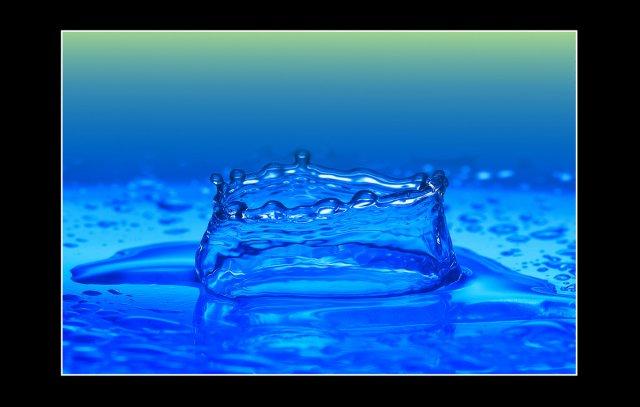 Wassertropfen XII von Didjeh