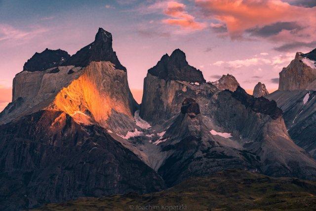 Sonnenaufgang Torres del Paine 02 von Joachim Kopatzki