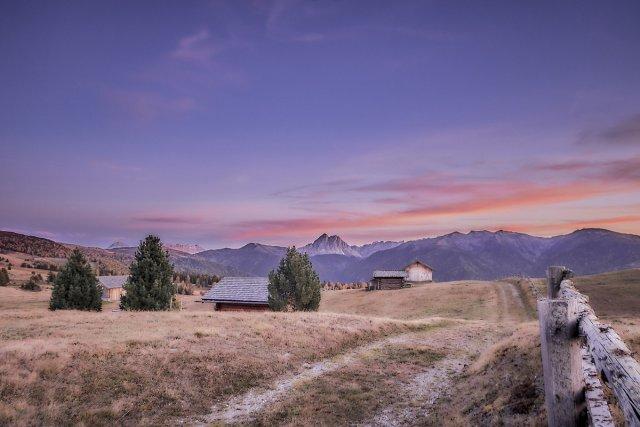 Sonnenuntergang  auf der Alm... von Texas Longhorn