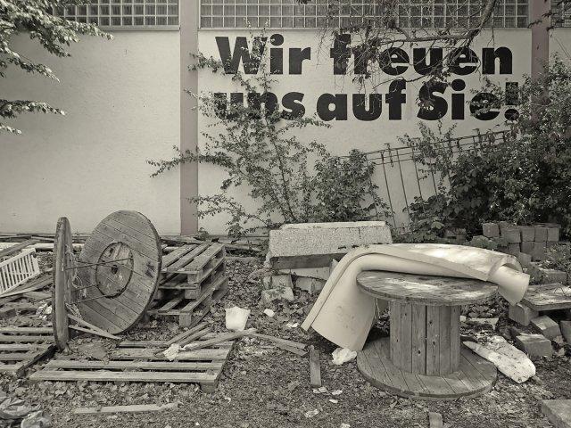 Über den Wert falscher Freundlichkeit. von Thomas Brahtel