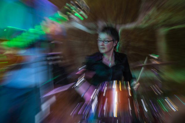 Noisy mama on drums von clickfux