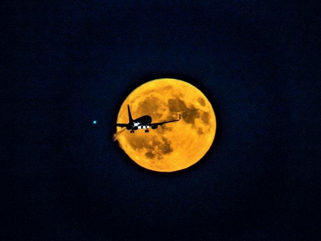 Mondaufgang von Lothar Zühlke