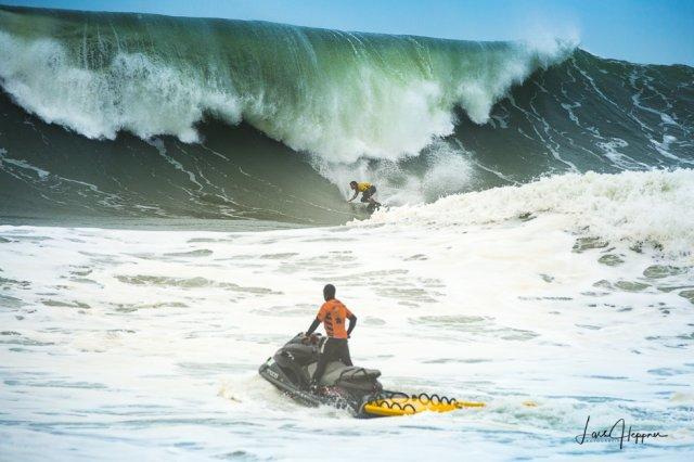 Die Wand - Big Wave Contest in Nazaré von Fotoblogger