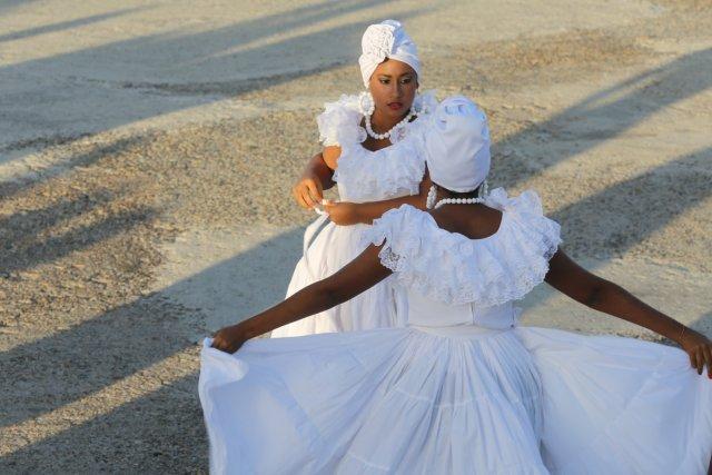 Hochzeitsbegleiterinnen in Cartagena von Helga Dudek