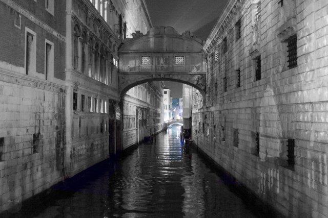 Venice Night I - Ponte dei Sospiri von Der Eisvogel