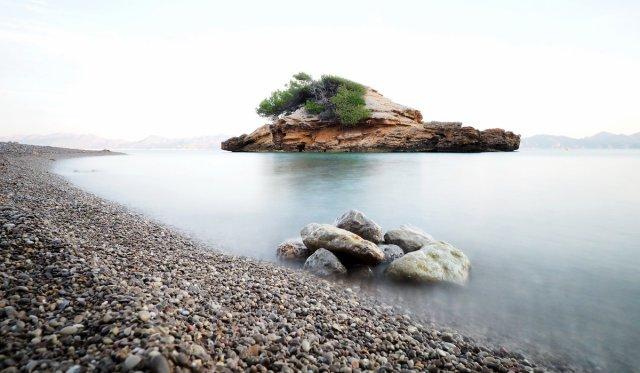 Kleine Insel am Meer von nezya