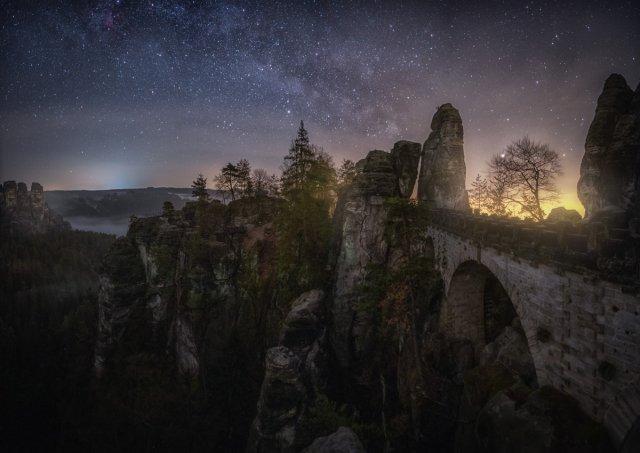 Frühjahresmilchstraße Bastei von Mario Konang - Lightrecords