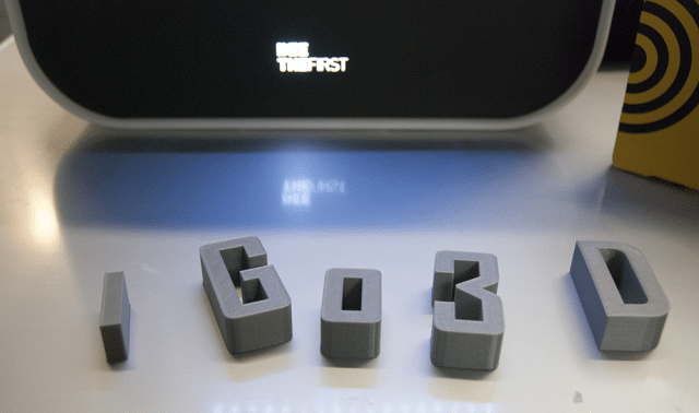Firmennamen in 3D drucken