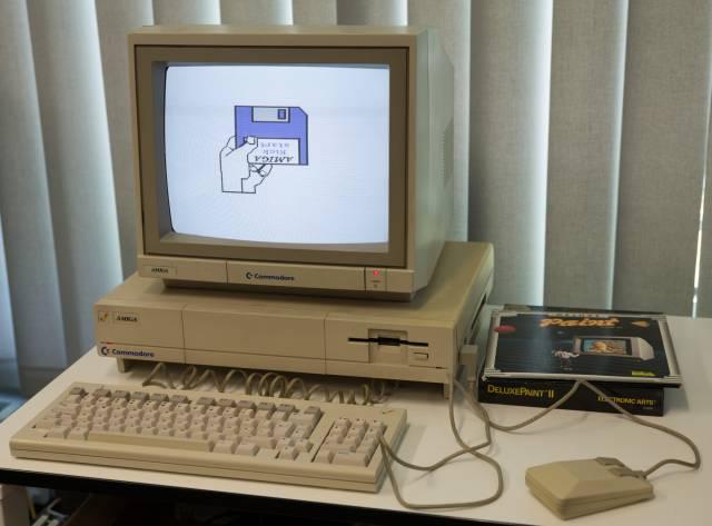 Amiga 1000 + Rezension aus c't 1/86