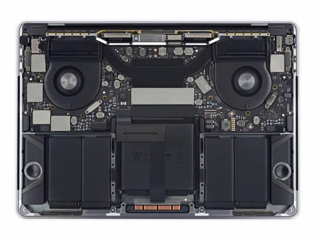 MacBook Pro mit Touch Bar Komponenten