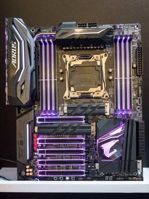X299-Mainboards auf der Computex 2017