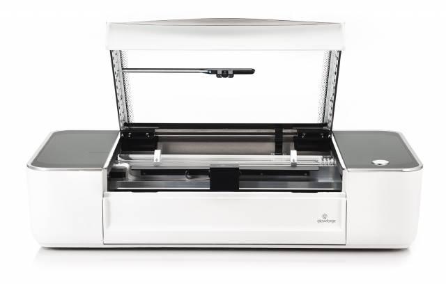 Lasercutter Glowforge Basic mit offenem Deckel