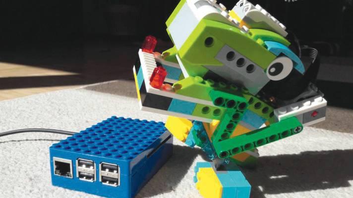 Spielzeug-Roboter mit dem Raspberry Pi steuern